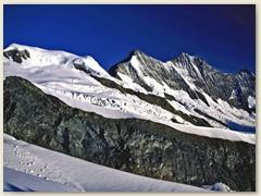 30 Die Mischabel, mit Alphubel 4206m, Täschhorn 4491m, Dom 4545m und Lenzspitz 4294m