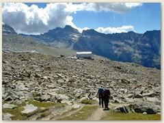 21 Rifugio in Sichtweite - dann Abstieg nach Pont und Heimfahrt. Glücklich und Zufrieden, den einzigen 4000er innerhalb Italiens bestiegen zu haben