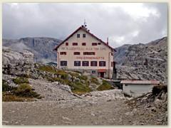 19 Drei Zinnen Hütte