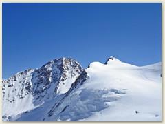 28 Dufourspitze und Zumsteinspitze, nicht sichtbar der Grenzsattel