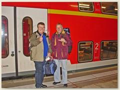 01_Xaver und Paul, Einsteigen in Basel Bad. Bahnhof