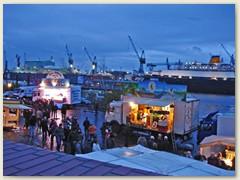 13_Fischmarkt an der Elbe