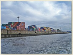 28_Container Terminal
