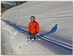 11 Adrian hat Plausch im tiefen Schnee