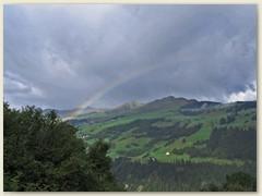 41 Regenbogen über dem Piz Sezner