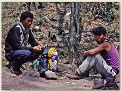 18 Der Trekking Leiter und unser Koch Tensing