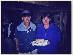 31 23. März 1991 - Eine Geburtstagstorte für Lydia, von den Sherpas gemacht