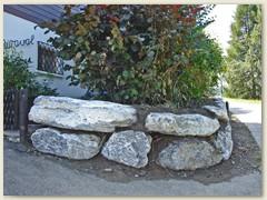 08 Eine Steinmauer wurde erstellt, August 2007
