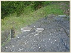 11 Rechts das Wasserreservoir vom Chalet Miraval, links von HR Büchi