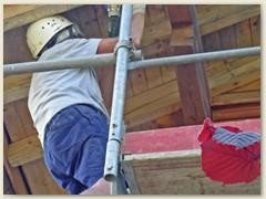 08 Die Dachuntersicht raubt Kräfte