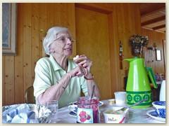 01 Die Eigentümmerin des Chalet Miraval bis 31.12.2009, Tante Margrit