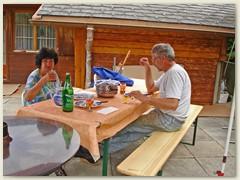 16 Mit Lydia und Fritz am Tisch