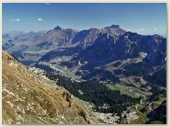 06 Blick zum Euschelspass und auf Kaiseregg und den höchsten in der Gegend: Schafberg/Schafspitz 2239 m