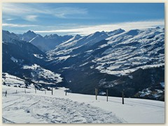 06 Wdg auf die Alp Runca, Blick ins Lumnezia mit Piz Terri