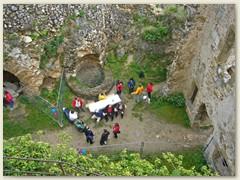 08_Eingang zum Burghof