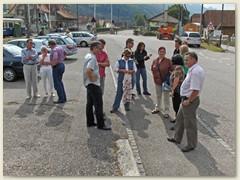 28_Mit Privatautos gemeinsame Fahrt nach Balsthal