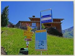 01 Brün 1287 m, oberhalb Carrera, erreichbar mit dem Rheinschlucht Bus-Taxi