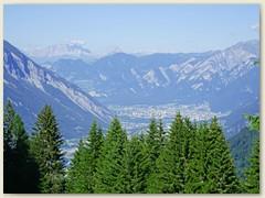 14 Chur, links Felsberg, im Hintergrund die Schesaplana