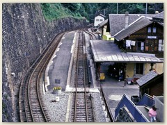 01 Start der Bergwanderung beim Bahnhof Salvan 934 m im Vallée du Trient