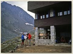 05 Die alte Capanna Cristallina ist eine Berghütte des SAC Sektion Lugano. Übernachtung