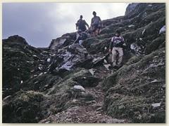 11 Passhöhe Passo dei Sassi 2554 m. Der Übergang befindet sich zwischen dem  Poncione di Vespero und Pizzo di Mezzodi