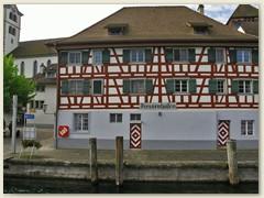 11 Diessenhofen zeigt sich in seiner ursprünglichen, mittelalterlichen Struktur, die bis heute erhalten ist